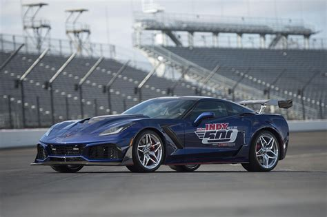 Indy 500 Corvette by Chevy Corvette Zr1 Is The 2018 Indy 500 Pace Car Roadshow