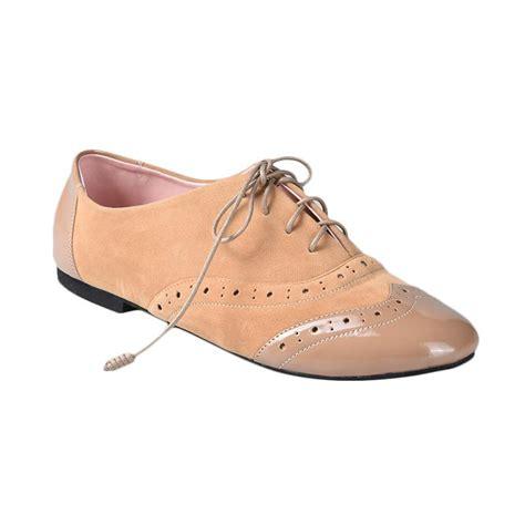 Yongki Komaladi 41260023 jual yongki komaladi lzd 001 sepatu wanita bisquit