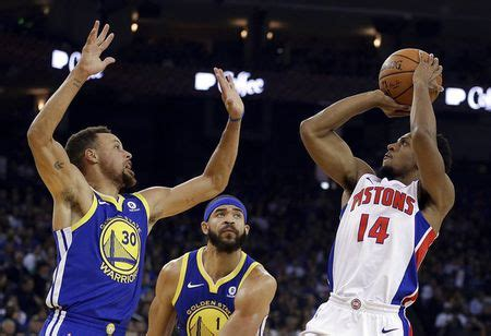 Pistons knock off Warriors on road one night after dumping ...