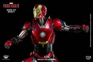 Iron Man 3: 1/9 Scale Iron Man Mark XVI Nightclub Armor Figure