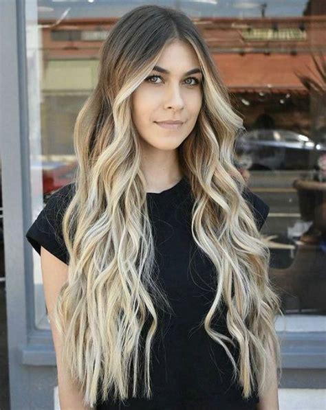 25 Of The Glamorous Brunette Balayage Long Wavy Hairstyle