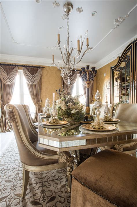 marge carson dining room  holiday table setting