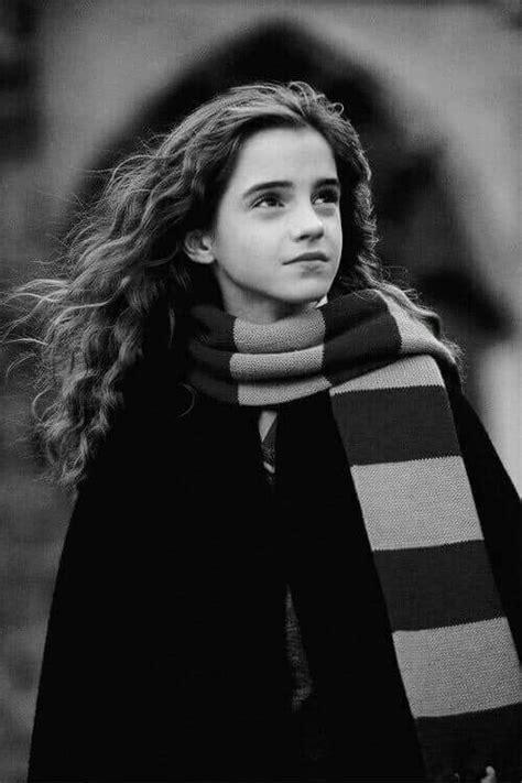hermione est trop belle je trouve mettez  commentaire