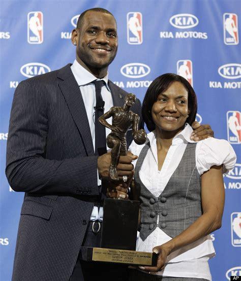 May 20, 2010 · calvin murphy: Gloria James PICTURES: Photos Of LeBron James' Mom   HuffPost