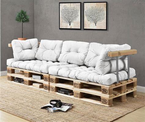 divano pallet divani in pallet la nuova moda per guardare la tv