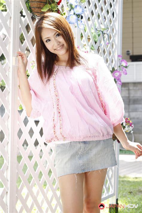 Sexy Teen Iori Mizuki Gets A Hot Photo Shoot