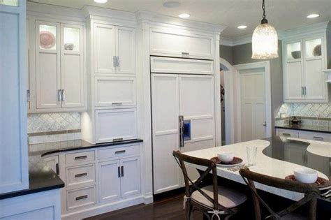 what is the best color for kitchen appliances 67 best white cabinetry images on kitchen 9927