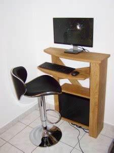Meuble Ordinateur Salon : meuble ordinateur compact table de lit a roulettes ~ Medecine-chirurgie-esthetiques.com Avis de Voitures
