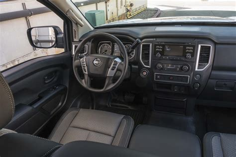 nissan titan interior 2017 2017 nissan titan xd s single cab interior automobile