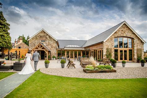 beautiful barn wedding venues   uk