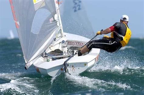 Zeilboot Eenpersoons by Scuttlebutt Scuttleblog Sailing News And Commentary