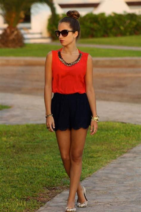 Blusa roja + short encaje | Fashion | Pinterest | Blog Tips High Waisted Shorts and Tips And Tricks