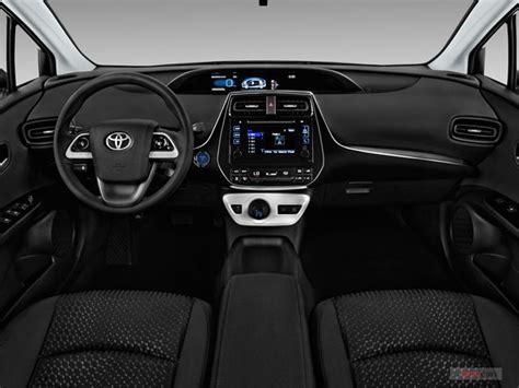 2016 Toyota Prius Interior