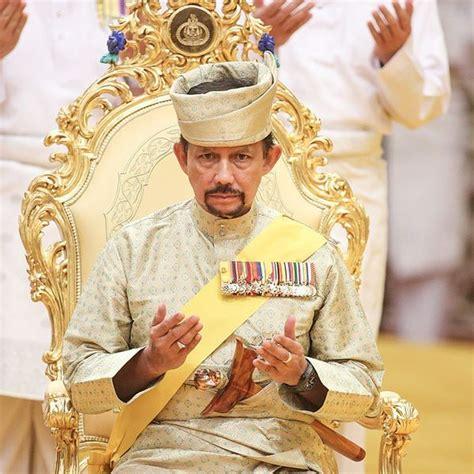 sultan hassanal urbanduniya defining a micro nation the sultan of brunei