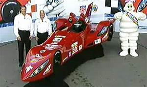 Le Delta Le Mans : delta wing rolls out aston martin based 2012 le mans car racecar engineering ~ Farleysfitness.com Idées de Décoration