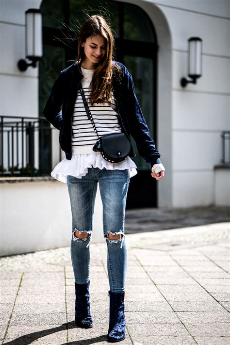 Blue Velvet Boots || What to wear in spring || Fashionblog ...