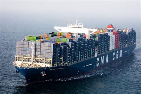 bougainville le  grand porte container francais