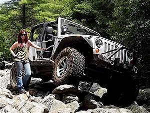 Jeep Hotties - Camaro Girl W Jeep