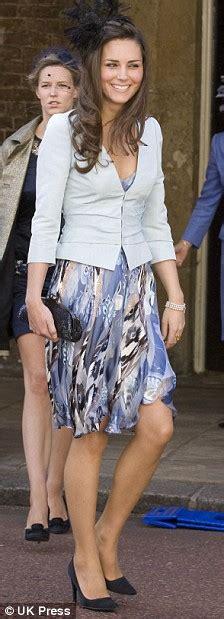 kate middleton legs    royal wedding