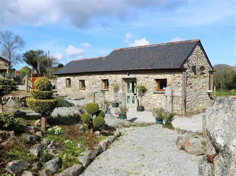 cottage holidays uk skyber cottage falmouth seaureaugh moor cornwall