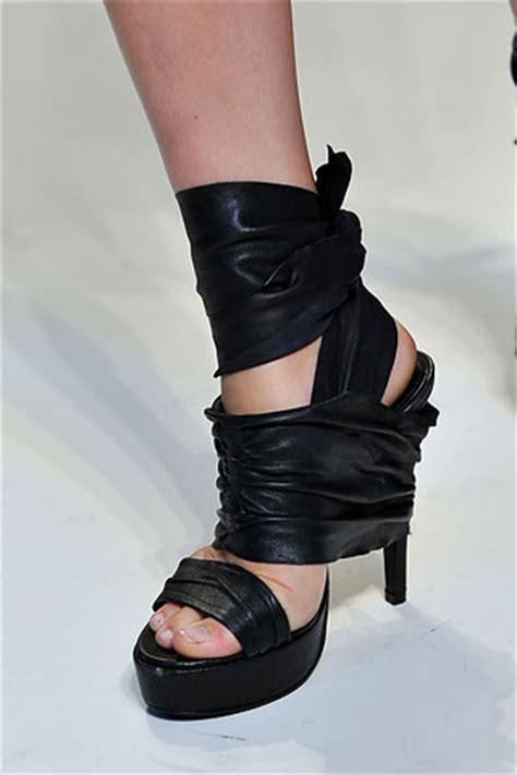 diy vera wang black wrap shoes smaggle