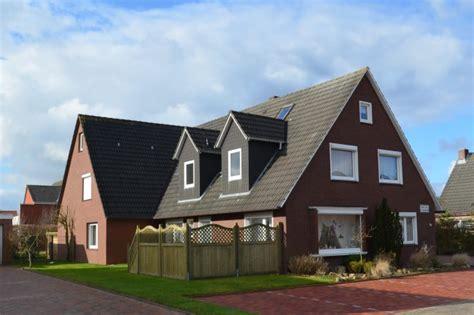 Haus Peters  Pension Und Ferienwohnungen In Norddeich