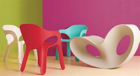 repeindre des chaises en plastique comment peindre des chaises de patio en plastique
