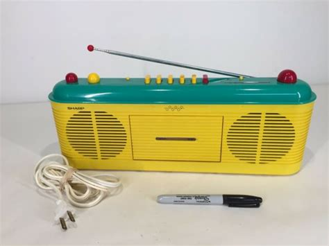 Rare Vtg Sharp Qt-f40 Radio Cassette Tape Player Boombox