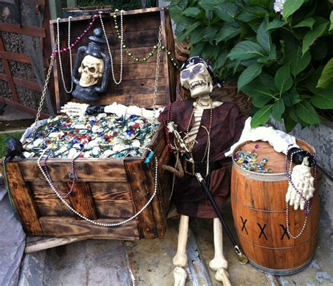 Trick Or Trunk Decorating Ideas by Coolest Neighbor Award Centsational