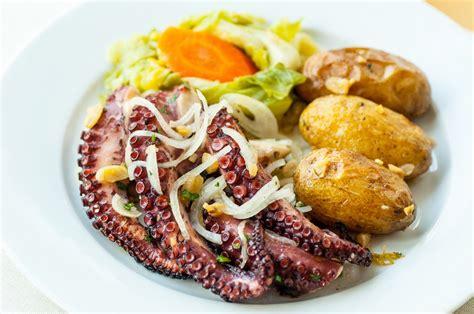portugal cuisine portuguese food tastes like the oi