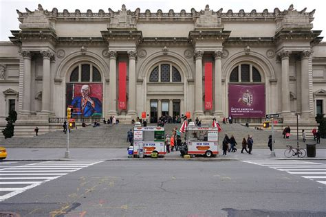 met museum will charge mandatory admission fees for non new yorkers curbed ny