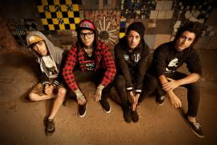 Pierce The Ceil by Confirmed Pierce The Veil Rumored To Be Playing Warped