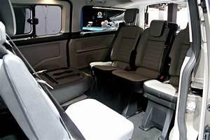 Ford 8 Places : ford tourneo custom restyl un train pour la route en direct du salon de francfort 2017 ~ Medecine-chirurgie-esthetiques.com Avis de Voitures