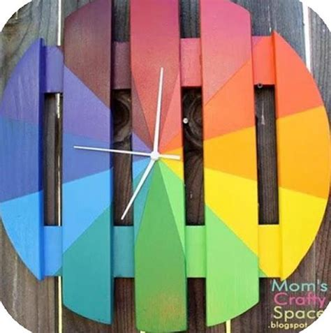 DIY Pallet Wall Clock Ideas   Pallets Designs