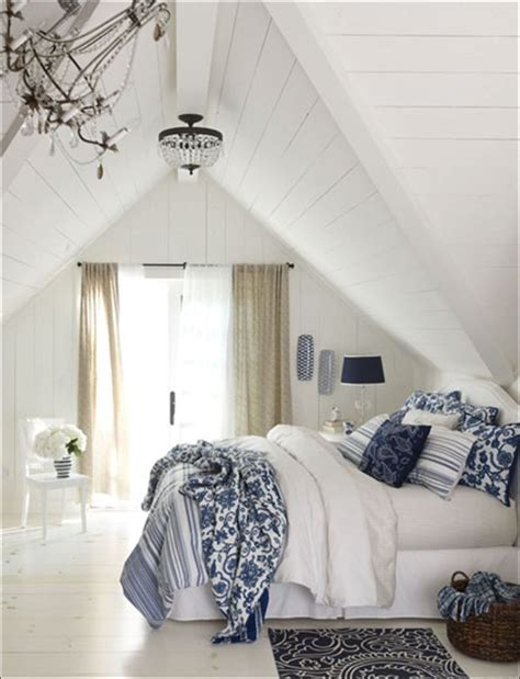 Blue White Bedroom Design by Blue And White Decor Adding Blue And White Colors And