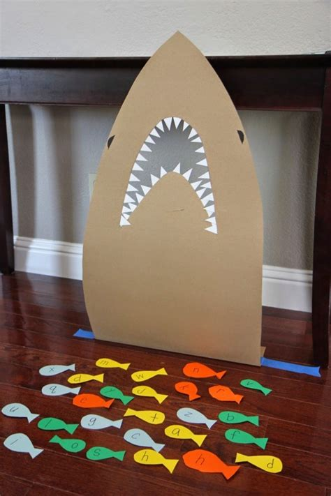 feed  shark alphabet game  kids lesson plans