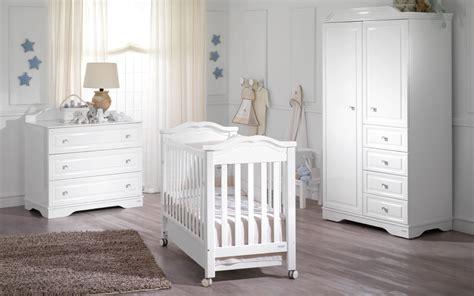chambre bois blanc chambre bébé blanche