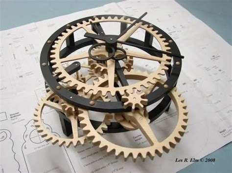 wooden gear clock  scrollsaw magazine wooden clock