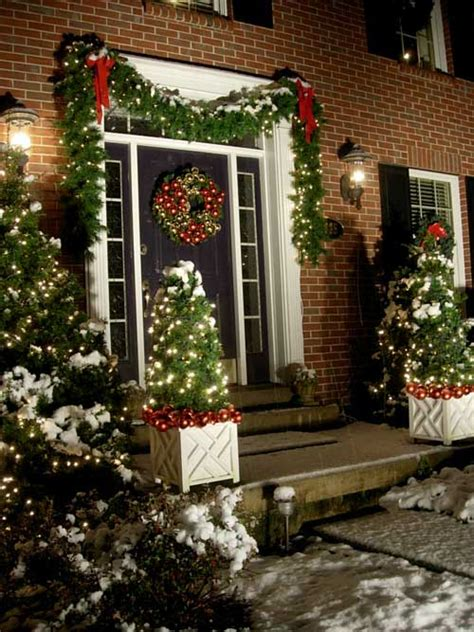 striking diy christmas porch decorations
