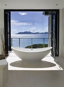 20, Luxurious, Bathrooms, With, A, Scenic, View, Of, The, Ocean