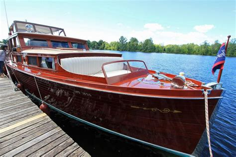Wooden Utility Boat Plans by 1930 Chris Craft Commuter Power Boat For Sale Www