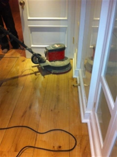 Buffing Hardwood Floors Between Coats by Wood Floor Buffing Light Buffing Industrial Buffing