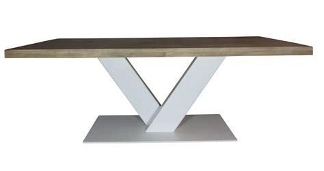 kringen op houten tafel awesome industrile houten tafel v wit groot mv kantoor