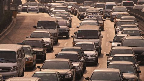 Way Too Many People Without Cars Still Drive To Work