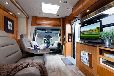 Mercedes Travel Van Unity