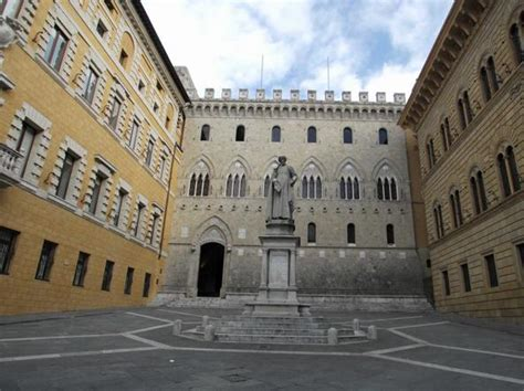 Sede Monte Dei Paschi Di Siena Montepaschi Paga Al Tesoro 46 Milioni Per I Monti