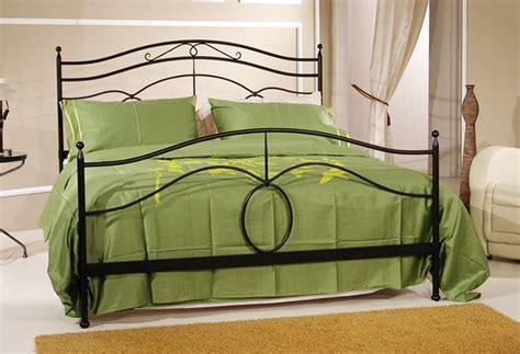 letto matrimoniale ferro battuto moderno letto in ferro battuto moderno fisso con rete