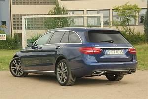 Mercedes Benz Classe C Break : essai vid o mercedes classe c break l 39 utilitaire 4 toiles ~ Melissatoandfro.com Idées de Décoration