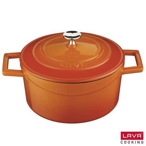 cocotte orange ronde en fonte émaillée avec couvercle