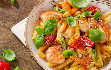recette p 226 tes aux crevettes tomates et basilic entr 233 e sos cuisine